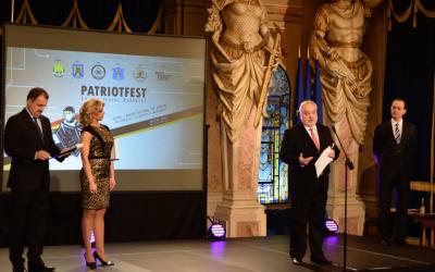 Le système MindMi™ et son inventeur, le Dr Eng. Dumitru Grigore, reçoit le grand prix de PatriotFest a l'édition de cette année.